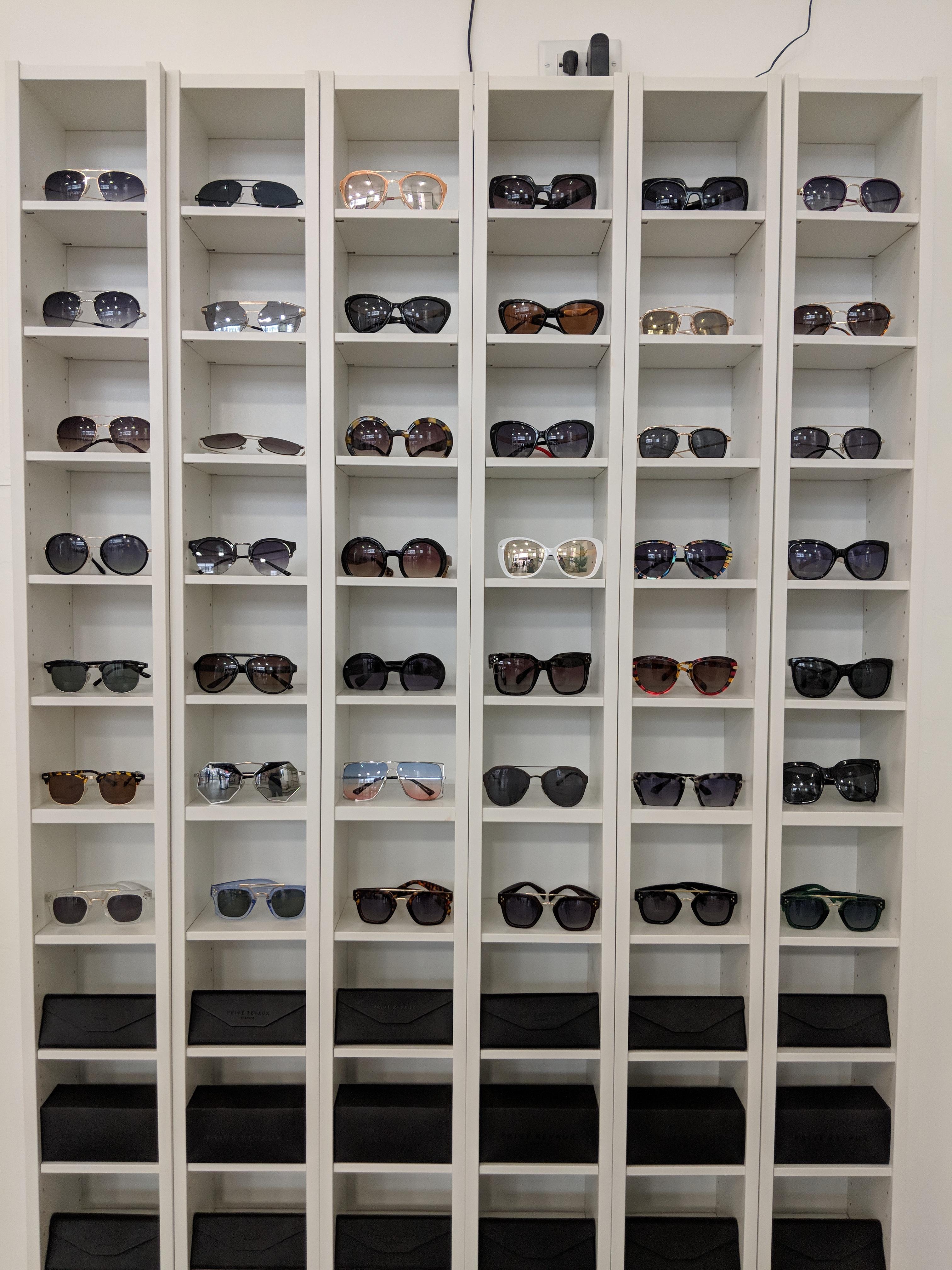 146a015761dbf Óculos de sol barato em Nova York  conheça a marca Privé Revaux ...